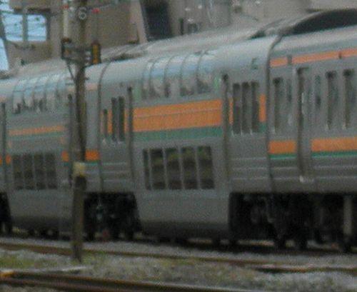 サロ212-125(東チタ、元・サロ124-25)(2011年10月15日・辻堂~茅ヶ崎間)