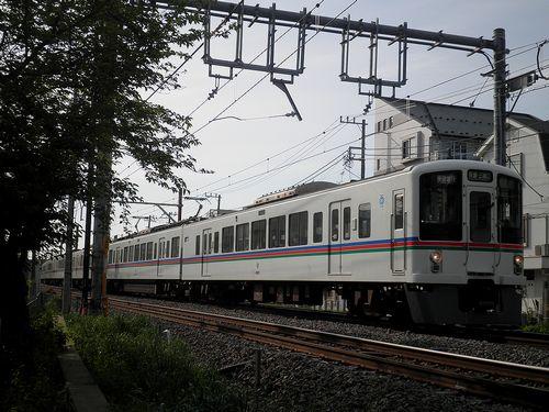 西武4000系(2013年4月29日・石神井公園~大泉学園間)