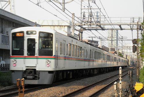 西武4000系(2013年4月29日・大泉学園~保谷間)4