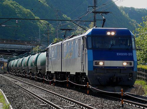 中央本線・高速貨81列車(EH200-20[高])(2013年5月3日・梁川~鳥沢間)