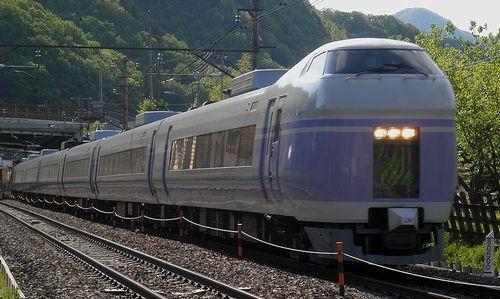 長モトE351系(2013年5月3日・梁川~鳥沢間)