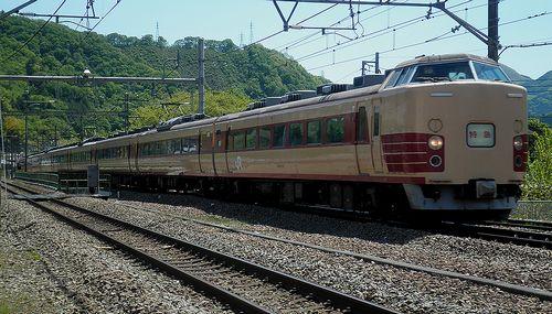 宮オオ183系H101編成(9075M「あずさ75号」)(2013年5月3日・鳥沢駅)