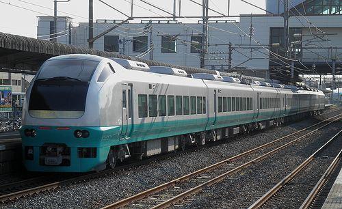 水カツE653系K307編成・特急「フレッシュひたち92号」(2013年5月5日・藤代駅)2