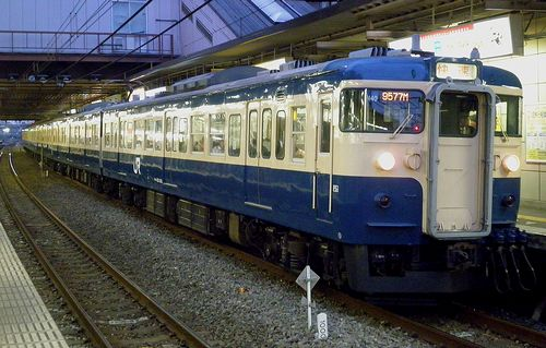 八トタ115系M40編成・快速「むさしの奥多摩号」(2013年5月5日・立川駅)