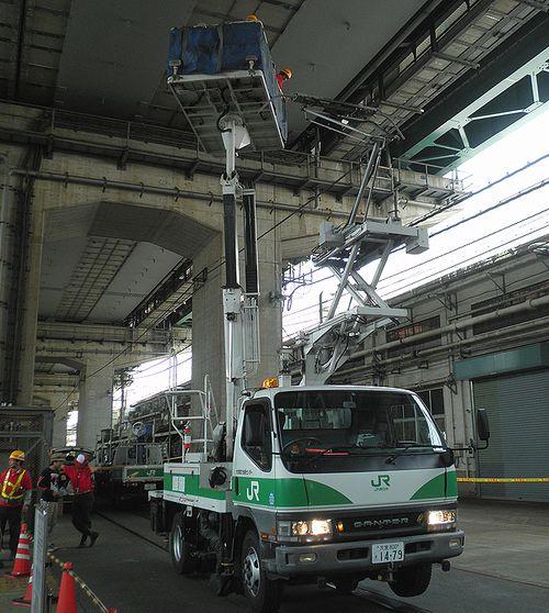 架線作業車「マジックボーイ」(JR大宮総車セ、2013年5月25日)