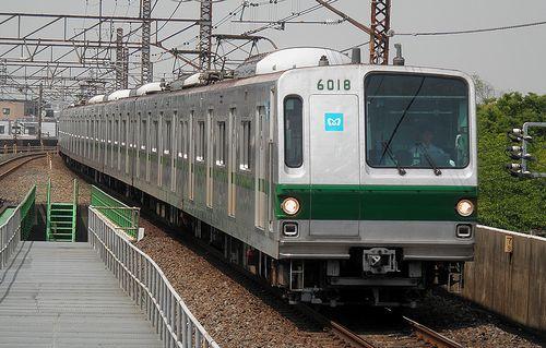 東京メトロ6118F(2013年6月5日・亀有駅)