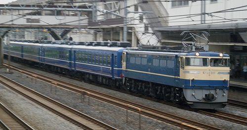 EF65 501[高](2012年4月24日・東十条駅)