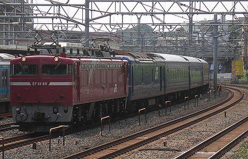 EF81 80[田]牽引・試9501列車(東十条駅、2013年6月23日)