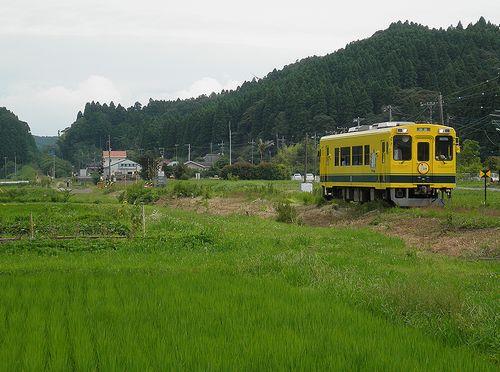 いすみ鉄道・いすみ301(2013年6月30日・新田野駅)