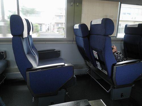 サハ254-4(千マリ)座席(2013年6月30日)