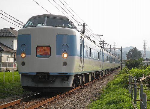 八トタ183系「M50」編成・快速「ホリデー快速富士山2号」(2013年7月21日・富士急行禾生~赤坂間)