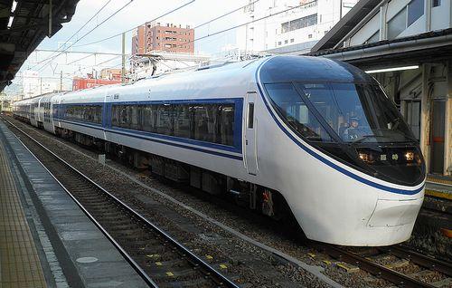 静シス371系「富士山トレイン371」(沼津駅・2013年8月4日)2