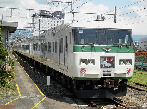 宮オオ185系「C1」編成(2013年8月4日・三島駅)4