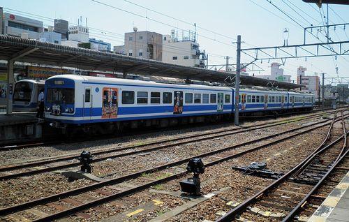 三島駅 JR・伊豆箱根連絡線(2013年8月4日)