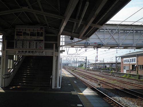 吉原駅・JR~岳南連絡跨線橋(2013年8月4日)