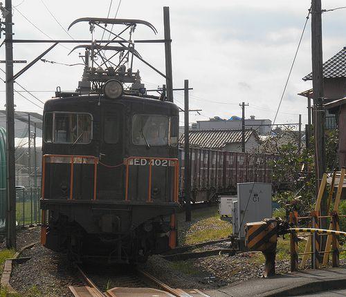 岳南鉄道ED402牽引貨物列車(2011年10月6日・本吉原~岳南原田間)