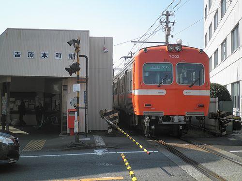 岳南電車モハ7002(吉原本町駅・2012年2月22日)