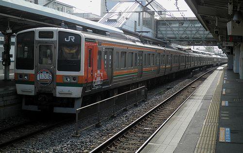 高タカ211系「C16」編成・115系風ラッピング(2013年8月14日・籠原駅)1