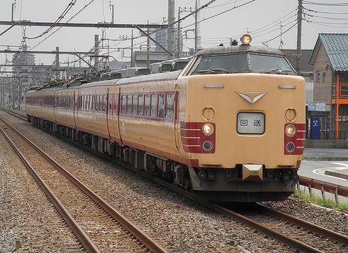 新ニイ485系「K2」編成(北上尾駅・2013年9月2日)