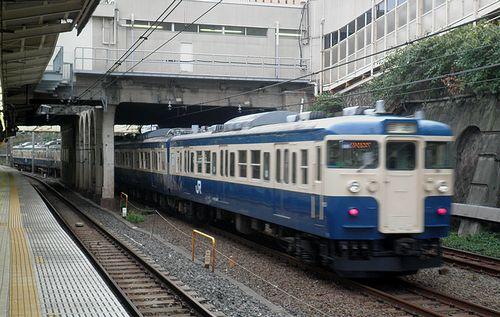 八トタ115系「M40」編成(2013年9月8日・市ヶ谷駅)