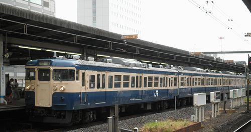 八トタ115系「M40」編成(2013年9月8日・錦糸町駅)1