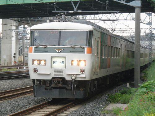 宮オオ185系「A6」編成(東十条~赤羽間・2013年9月7日)
