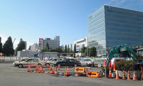 京王線調布駅前(東京都調布市・2013年10月3日)