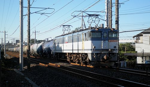 EF65 2068[新](2013年10月27日・土呂~東大宮間)