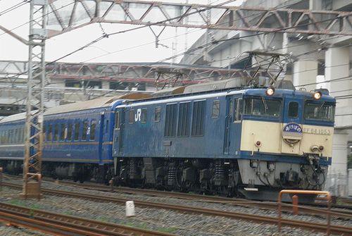 EF64 1053[長岡]牽引・特急「あけぼの」(2012年9月8日・王子~東十条間)