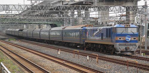EF510-515[田]牽引「北斗星」(2013年6月28日・東十条駅)