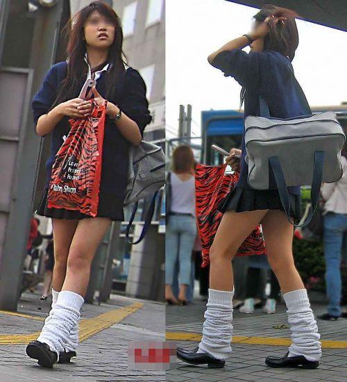 ミニスカートのJKの太ももを街撮り盗撮したエロ画像でウォームングアップしようぜ! 53枚 part.28 No.7