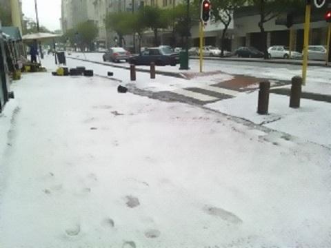 Hailstone01.jpg