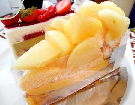 【ケーキ】アステリスク「和歌山県産白桃タルト」02