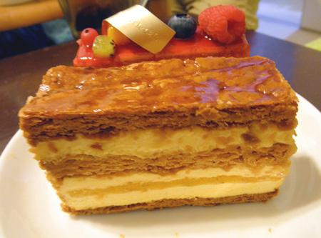 【ケーキ】ドゥーパティスリーカフェ「ミルフィーユエキゾチック」