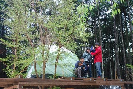 森のたね 猟師の里山暮らし テント