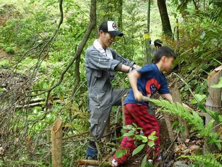 森のたね 野生動物の棲める森 植樹2