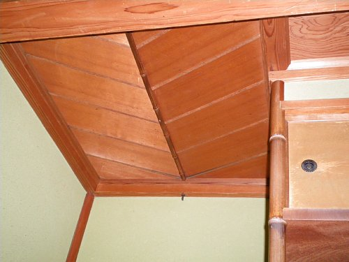 燕喜館・居室床の間天井