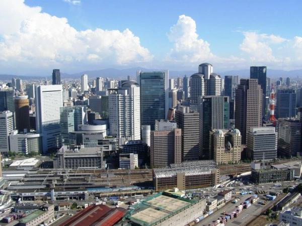 西梅田高層ビル街と北ヤ-ド二期地区