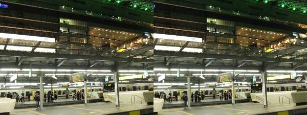 JR大阪駅⑥(交差法)
