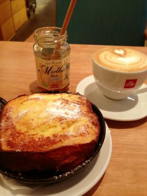パンとエスプレッソと フレンチトースト+カプチーノ