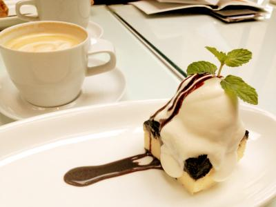 MERCER CAFE TERRACE HOUSE カフェラテホット+NYチーズケーキ