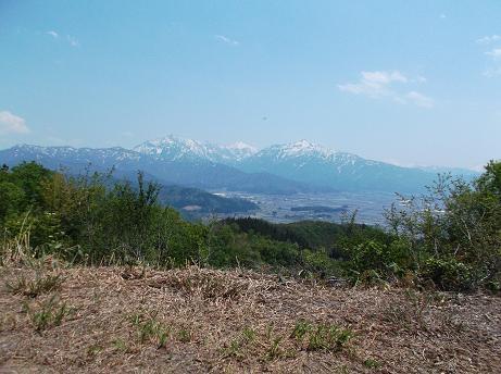 FM塔から望む魚沼三山