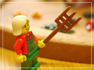 LEGOFallScene05.jpg