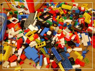 LEGOMiniTrains05.jpg