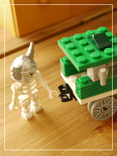 LEGOMiniTrains09.jpg