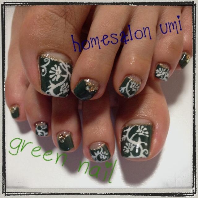 黒杉さん green nail
