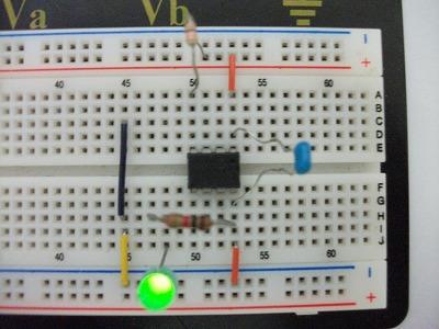 pic12f675 点滅 信号機製作