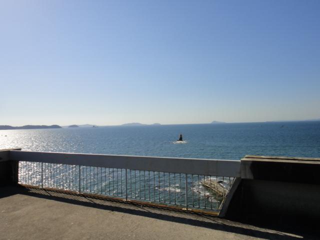 幡豆岬の展望台。~♫元気をもらえる~♪