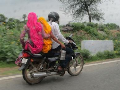 bike-dabbawala_20130813004853c2e.jpg
