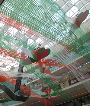 i-day13-ambiencemall.jpg
